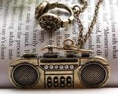 Pretty retro copper headphone radio necklace pendant jewelry vintage style