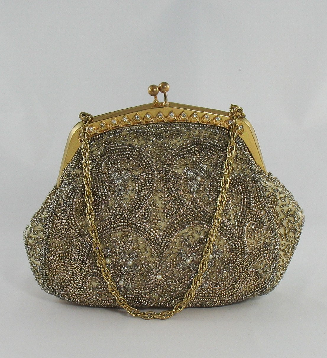 Evening bags vintage won't disappoint