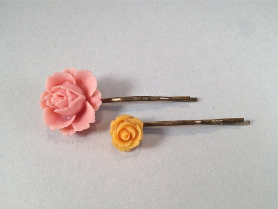 Ballet Dusty Pink & Orange Resin Rose and Brass Bobby Pins 511-054