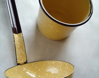 Yellow & Brown Graniteware Ladle - White Spatter on Yellow