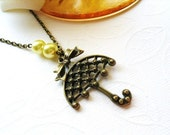 Vintage Style Umbrella Necklace