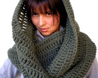 Military Green Circle  Scarf Super Soft mixed Woll Scarf Woman Hand  Crochet Chunky Circle Scarf with Buttons New