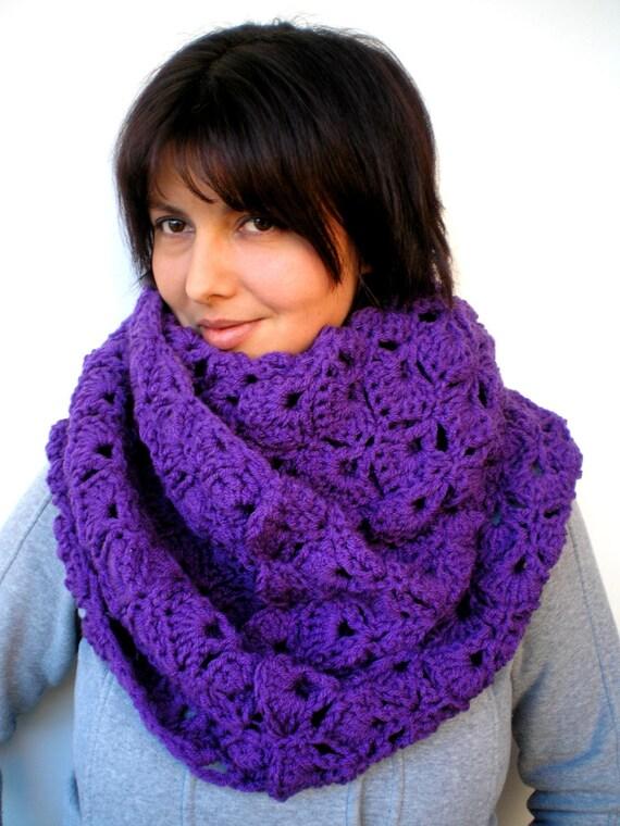 Warm Purple  Fashion Circle Scarf Super Soft Circle Neckwarmer Woman ' Scarf