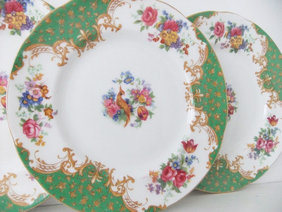 Vintage china plates - 4 Paragon Rockingham tea plates in green