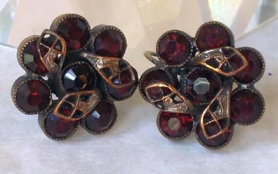 Vintage Garnet-Red Screw-back Earrings Victorian Edwardian Downton Abbey Style