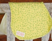 Burp Cloth Contour Burp Rag Terry Cloth and Flannel Yellow Green Giraffe Blocks - Wild n Wooly