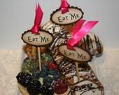 Alice in Wonderland - Eat Me Cake Topper Picks - vintage appearance - set of 20