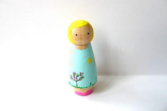 Wooden Peg Doll Spring Girl