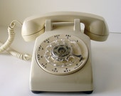 Vintage Western Electric Rotary Telephone - Cream Color