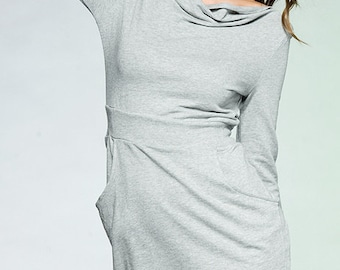 beautiful gray dress with pockets