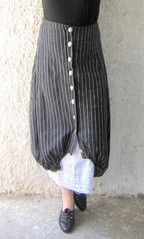 Double skirt, strip, skirt with ruffles internal