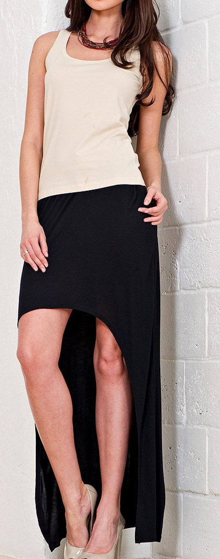 Long summer skirt made of high quality knitwear.
