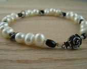 Black and White Bracelet with freshwater pearl and onyx
