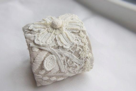 Edwardian flower wrist wrap