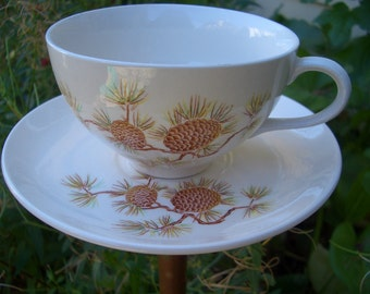 Bird Feeder - Tea Cup Upcycled Garden Decor