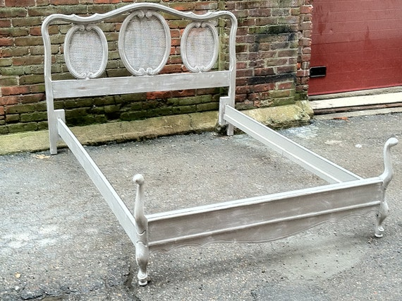 Old Word French Provincial Painted Full Double Bed French Grey and White