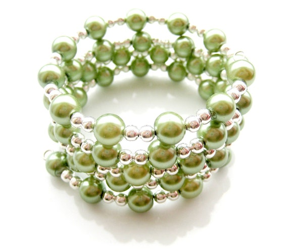 Spring Green Glass Pearl Memory Wire Bracelet