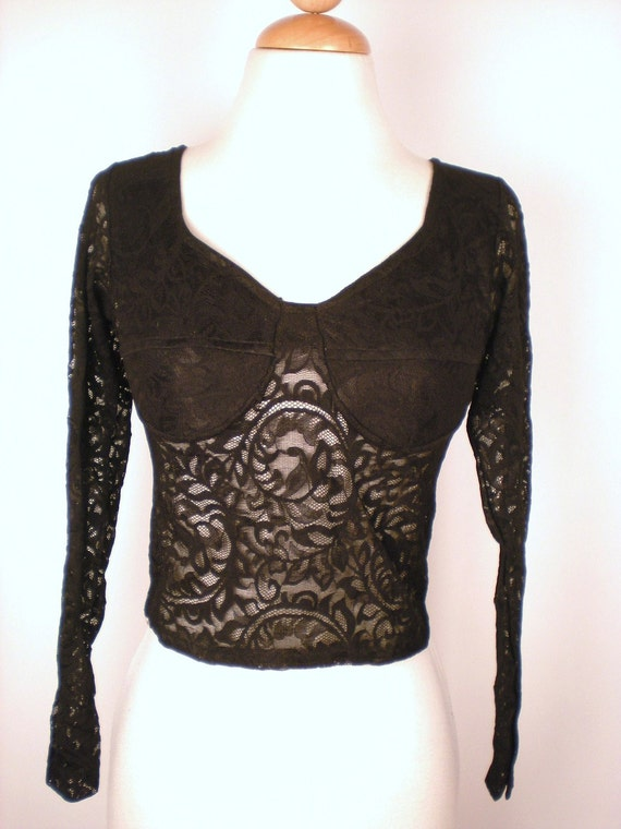 Witchy 90's lace crop top M