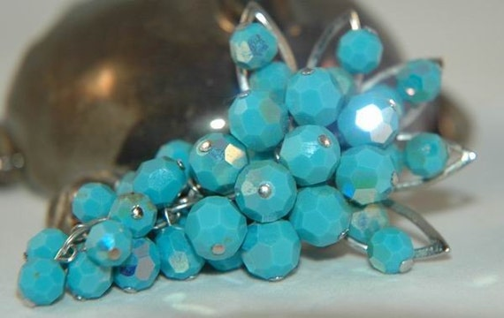 Amazing Blue Bunch of Grapes Brooch