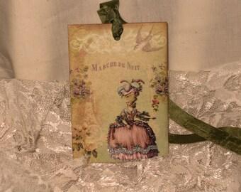 French Market Vintage Style Marie Antoinette Glittered Gift Tags Marche De Nuit ECS