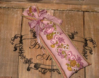 Limited Edition French Lavender Sachets Handmade with Fabric from Aix en Provence Ooh La La ESC AIX014