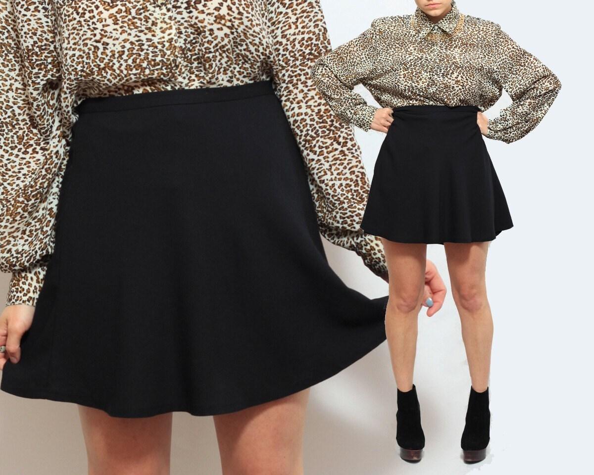 Black LE CHATEAU Flowy Short Skirt Medium by RagRichVintage