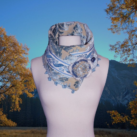 AUTUMN SKY Rich Brocade Wool Neckwarmer Cowl Scarf