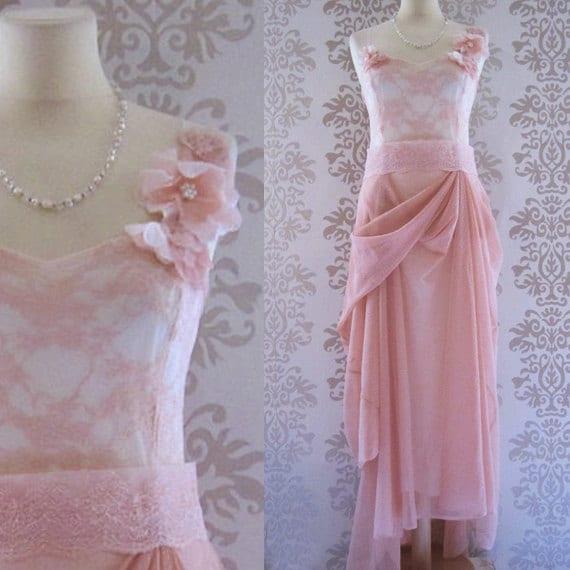 ELSA Floral Lace Soft Peach Pink Romantic Sculptural Long Dress Size S/M