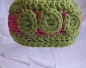 newborn baby beanie, newborn to 3 months, pink and green, flowers