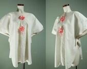 Vintage 1920s Victorian Style Bed Jacket / Combing Jacket / Romantic White Lace Blouse / Vintage Lingerie / Pinup / Boudoir /  M L XL XXL