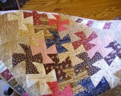 Lil Twister Mini Quilt Table Topper