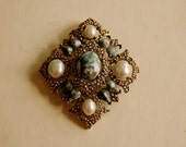 Sarah Coventry faux pearl and faux turquoise diamond shape brooch
