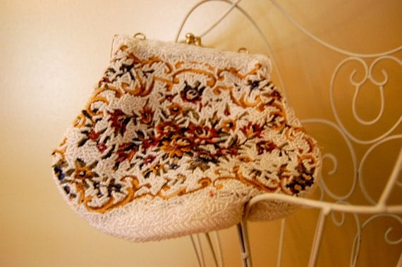 vintage beaded tapestry purse / clutch