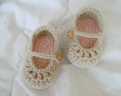 Baby mary jane shoes in off white (0-3m, 3-6m, 6-9m, 9-12m) different colors avalible