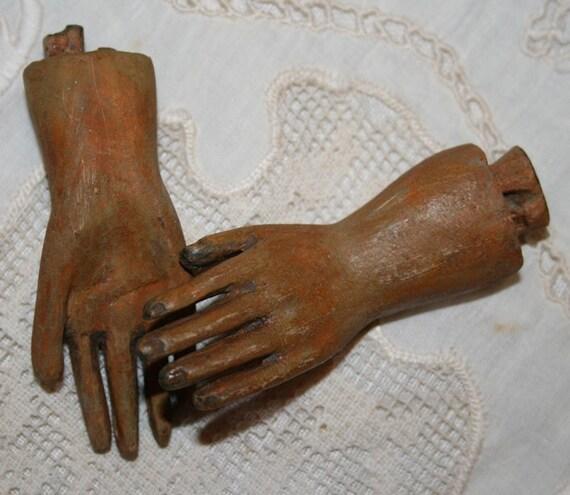 La Petite Santos Hands - Vintage Inspired  - Pair