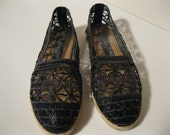 Lacy Black Macrame Crochet Style Fun Summer Flats Size 6 Cool Fun Shoes Sooooooo Cool and Cute Casual or Dress