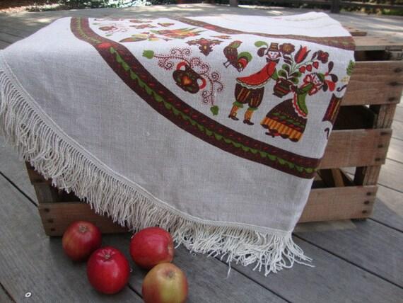 Charming Vintage Linen Tablecloth Pennsylvania Dutch Dancing Couple Folk Ecru Brown Autumn Fruit Brown Trim Tassels Country Farm American