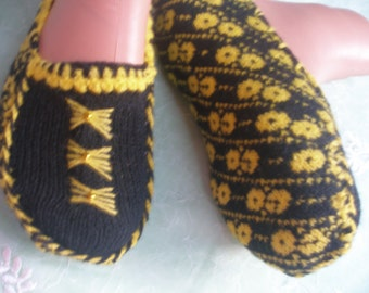 Knitting Slippers  ...Ladies Slippers