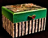 Mondre Miette- 20% Off  - Gorgeous and Collectable - Black,White,& Emerald Green Collage Box