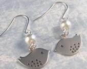 Byrdie,Silver Earrings,Bird,Pearl Earrings,Swarovsk.i Pearl,Wedding, Bride.  Handmade Jewelery by Hazel Branch Jewellery on Etsy