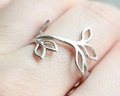 Leaf ring, silver tree branch ring, adjustable ring, cute small ring for everyday wear, nature inspired, fall wedding, white gold plated