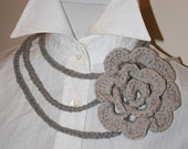 Necklace with wool rose. Italy