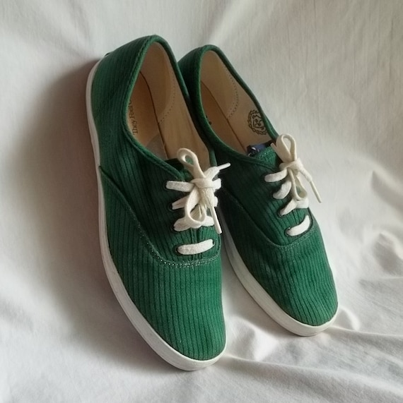 Vintage Green Canvas Embroidered Keds Shoes Size 9