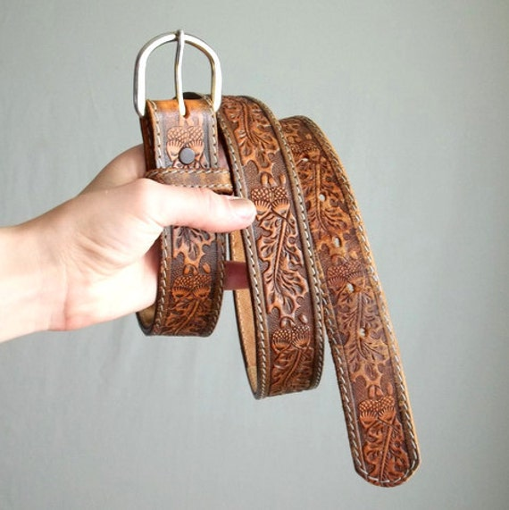 Hidden Zipper Leather Acorn Wallet Belt