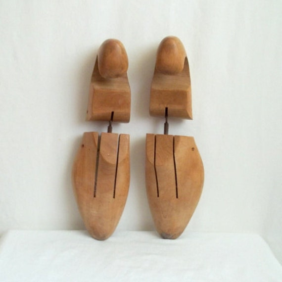 Old Wooden Shoe Stretchers Size 9