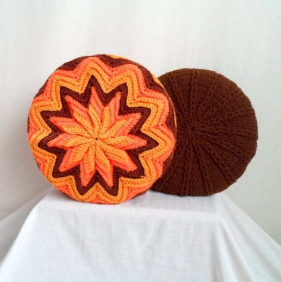 Brown 70s Round Knit Pillow