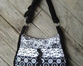Rachel Handbag Pattern - PDF File - Cute , Convenient Purse with Lots of Pockets