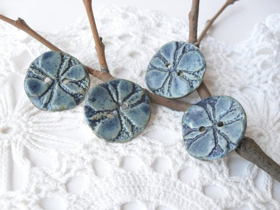 Set of 4 Porcelain Buttons in Cobalt Blue. 1 Inch Wide. With 2 Holes. For Sewing or Crafting.