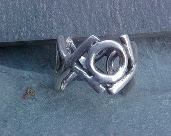 Hugs and Kisses  X's and O's Custom Band in Sterling Silver KAM Design