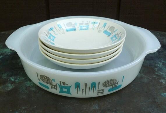 4 Blue Heaven Bowls & Baking Dish. Royal China. Fire King. Vintage 1960s. Mid Century. Atomic.